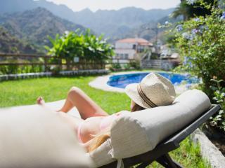 Apartamento con piscina y vistas a Garajonay, Hermigua