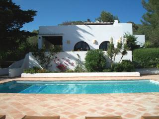 Propriété dans le campo d'Ibiza Piscine sécurisée, Santa Eulalia del Rio