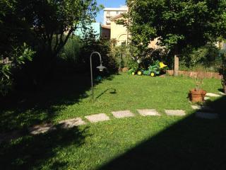Casa con giardino pensile., Suvereto