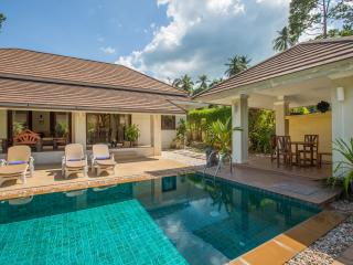 Koh Samui Villa with swimming pool and gardens, Ko Samui