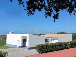 "Alentejo-Casa ""Maningue Nice"", familiar, 6 pessoas, Cuba"