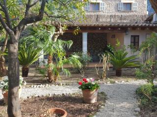 Preciosa casa de piedra reformada (Can Tasco), Sóller