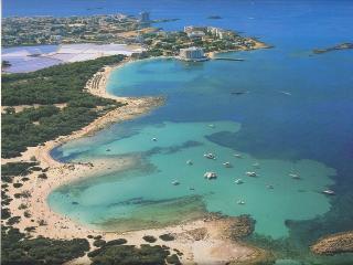 Calido y confortable apartamento vistas al mar en un extraordinario entorno WIFI