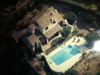 Villa idéale 2 familles, vue dégagée sur mer, Saint-Raphael