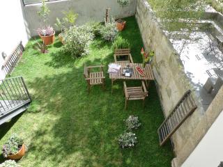 Exclusive house & garden, Porto