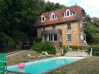 19th century house with pool, 30' away from Paris, Palaiseau