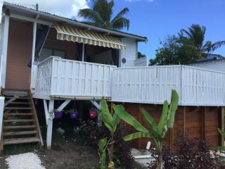 bungalow proximité plages et commerces, Sainte Rose