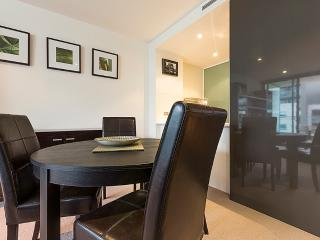 Accommodate Canberra - Lakefront 65