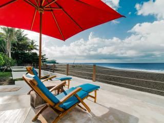 the 888 villa, beachfront villa 5000 m2, Klungkung