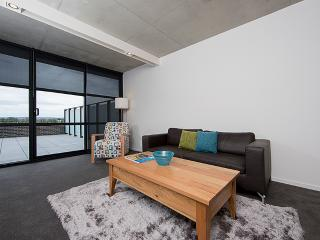 Accommodate Canberra - Dockside 4