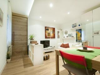 Acogedor y Contemporaneo! Apartamento en Chamberi