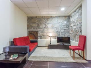 981 Oporto Garden Residence