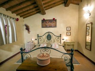 Podere degli Olivi appartamento Melograno, San Gimignano