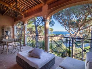 Charming apartment with overview on St Tropez Bay, Ste-Maxime