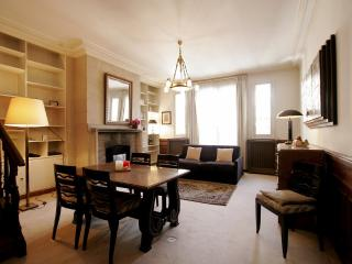 1BDR Apartment - 16th district P16613, Paris