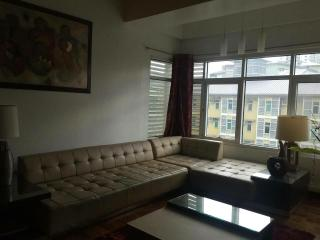 1 bedroom unit in the middle of BGC