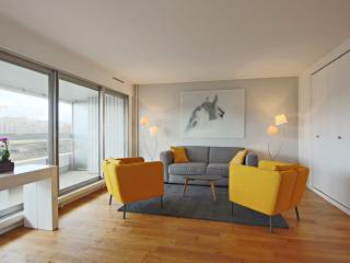 Fully renovated 1 bedroom view on the Seine P1538, Paris