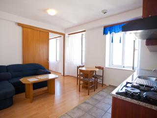 Apartments Alen - One Bedroom Apt. with Sea View 2