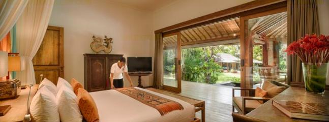 Room with a View!   Emperor Suite, Villa Vanna Sedi
