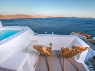 Hector Luxury Cave, Oia