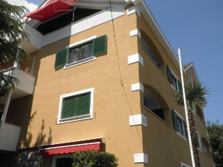 Unique apartment at Villa Beller, Ičići, Opatija, Icici