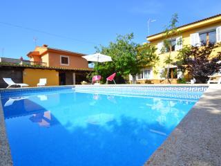 Villa Jupiter is located in a residential area, Llucmajor