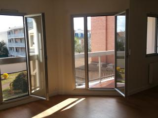 appartement 2piece 33m2,ascenseur,balcon,parking sous sol