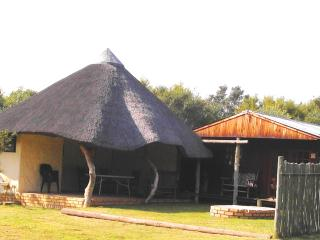 Self Catering Bungalow (Sleeps 7) on Game Farm