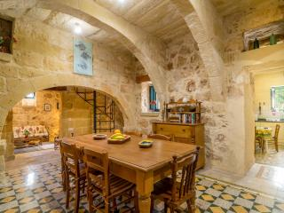 Dar Alessia - 2 Bedroom Farmhouse, Xaghra