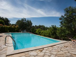 Amazing villa with pool, 4 bedrooms, 2 bathrooms, Gallipoli