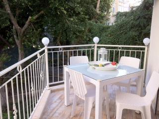 Yerimiyahu - Boutique 1 Bedroom & Balcony Apartmen, Tel Aviv
