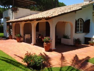 magnifica villa in residence con spiaggia privata, San Felice Circeo