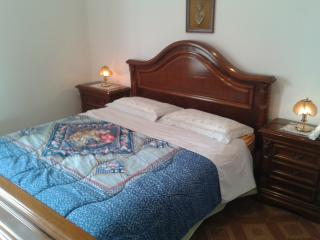 Rooms near Milan. Connected to Milan by bus, Corsico