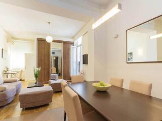 REPUBLIC SQUARE 2 - City Break Apartments, Belgrado