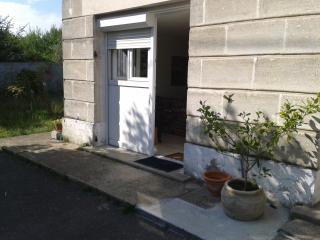 Petit T2 dans maison avec jardin, Cenon