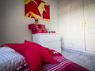 Beutiful bedroom near the beach