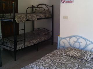 Back Packers Paradise (Room 2 Bed 2), Lamai Beach