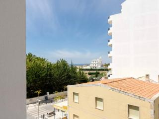 Simple, clean apartment, WIFI, near beach and view, Praia da Rocha