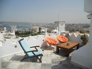très belle maison de charme avec vue imprenable, Tangier