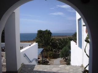 Ecoxenia Studio For 3 SeaView, Oia