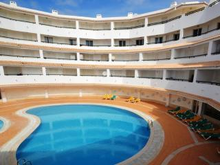 Luxury Duplex Seaview Apartment on the beach, Armacao de Pera