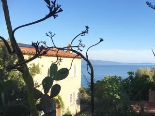 Luxe, calme et vue imprenable sur la mer, Ajaccio