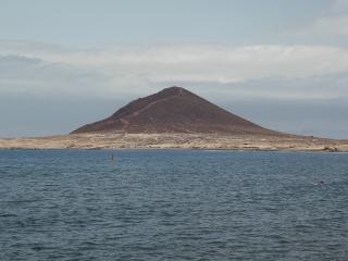 Apat. EN EL MEDANO (El Cabezo), El Medano