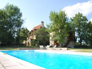 Maison quercynoise du XVIIIème siècle avec piscine, Cabrerets