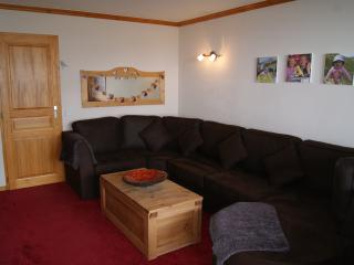 2 bedroom/2 bathroom apartment- fantastic location, Belle Plagne