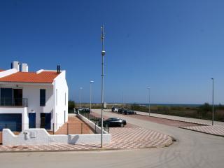 Casa azul en Mas Pinell