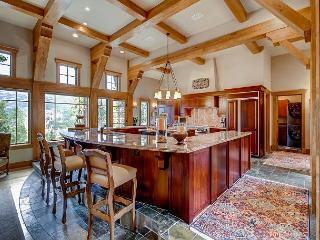 Elegant Design, Comfort and Privacy Complete this Luxurious Highlands Home!
