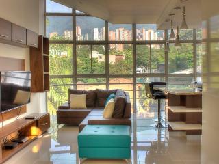 JW Suite 501 Nice PH, Medellín