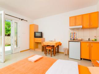 Compact studio near the sea, Tivat Municipality