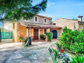 """Tipica Casa Mallorquina """"Entelaie"""", Sant Llorenc des Cardassar"""